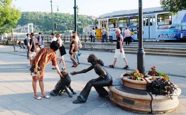 bronze sculpture.jpg