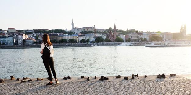 Shoes on Danube1.jpg